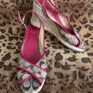 Coach Tan & Pink Wedges Size 10
